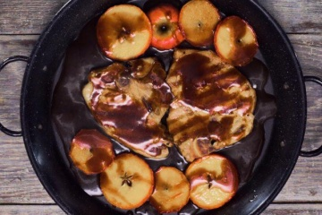 One Pot Caramelized BBQ Pork Chops with Sweet Apple